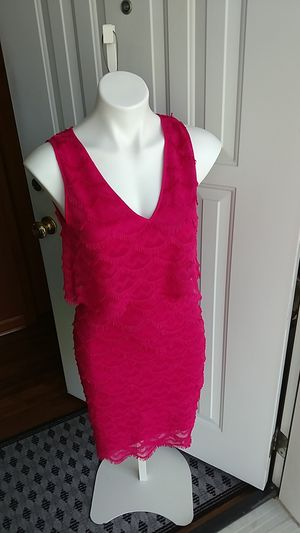 Dress Hot Pink Stunning Sleeveless Sz 8 Misses for Sale in MIDDLEBRG HTS, OH