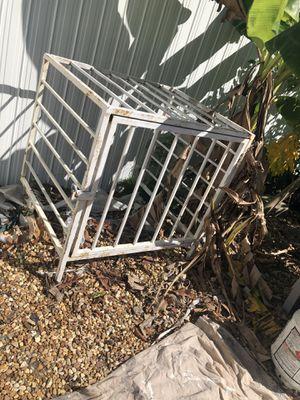 Caja de acero for Sale in Miami, FL