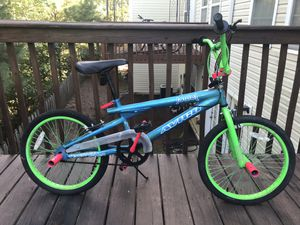 20 inch Girls bike for Sale in Woodstock, GA