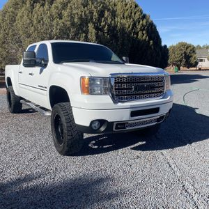 2011 GMC Sierra Denali HD Duramax for Sale in Show Low, AZ