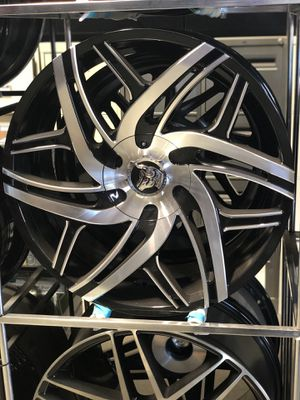 "24"" Diablo Hurricane Black with Machined Face Rims for Sale in Montgomery, AL"