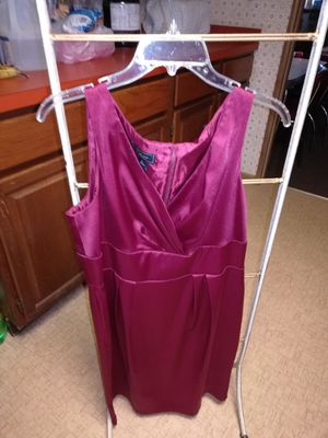 DRESS BARN VERY PRETTY DRESS SIZE 16-PROM? for Sale in Jacksonville, FL