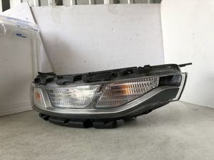 2019 2020 Kia Soul Halogen Headlight Headlamp Right RH OEM Clean for Sale in Nashville, TN