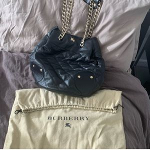 🖤 Burberry Handbag 💼 🖤 for Sale in Denver, CO
