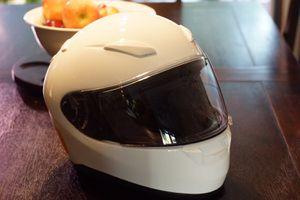 SHOEI RF1100 Full Face Motorcycle Helmet Medium Size for Sale in Beaverton, OR