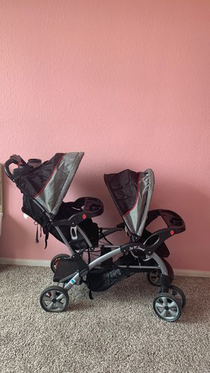 Double stroller / carreola doble for Sale in Baytown, TX