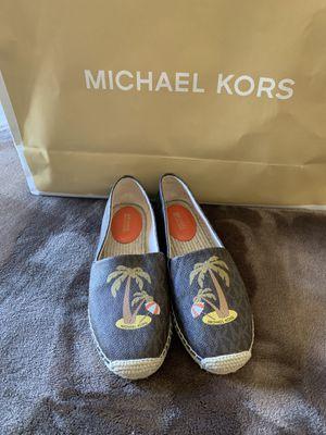 MICHAEL KORS SIZE 7.5 $65 Dlls NUEVO ORIGINAL 🎁❤️🎁 for Sale in Fontana, CA