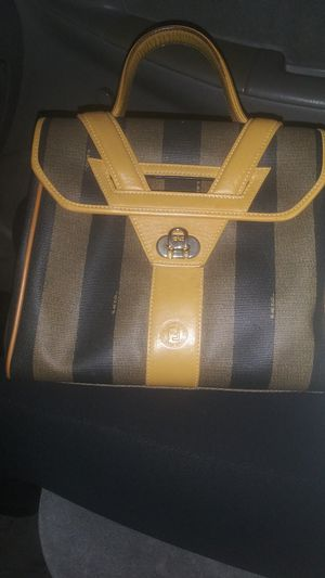 Vintage Fendi handbag for Sale in Long Beach, CA