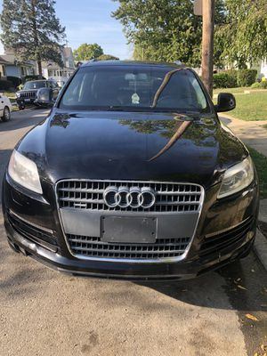 Audi truck Q7 2009 for Sale in Columbus, OH