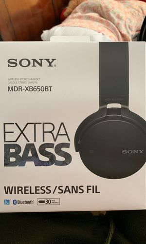 Sony Extra Bass Witeless headphones for Sale in Catonsville, MD