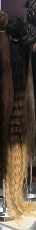 Clip ins 30 length for Sale in Whittier, CA