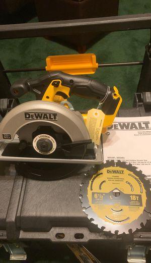 Brand New Dewalt 20v circular saw DCS393 for Sale in Visalia, CA