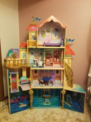 Little Mermaid Castle 5 H 4W for Sale in North Oaks, MN
