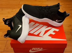 Nike size 11 for Men. for Sale in Lynwood, CA
