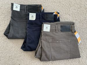 English Laundry Men's The 365 Pant - Waist x Length (38x32 , 38x34, 40x32) for Sale in Herndon, VA