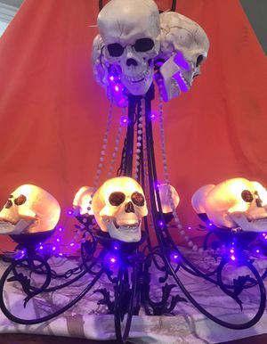 """Halloween Party Decorations """"Glowing Skull Chandelier"""" for Sale in Los Angeles, CA"""