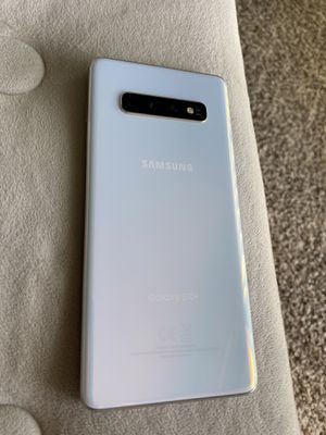 Samsung galaxy s10 plus for Sale in Arlington Heights, IL
