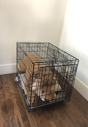 Dog Crate (Medium/small dogs) for Sale in Los Angeles, CA