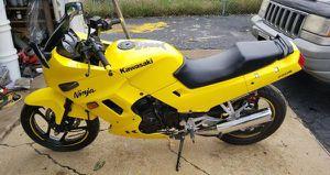 2006 Kawasaki Ninja 250r for Sale in Chicago, IL