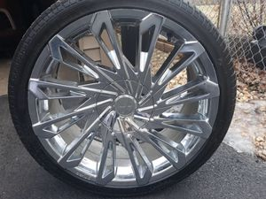 """20"""" Chrome rims on Perrelli tires for Sale in Bellwood, IL"""