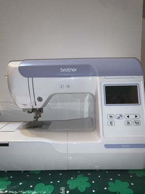 Brother PE800 Embroidery Machine for Sale in Calumet City, IL