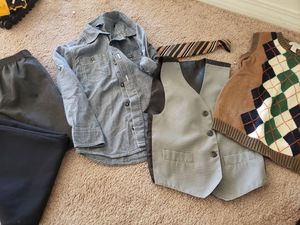 Boys dress slacks in size 5 with tie and shirt for Sale in Menifee, CA