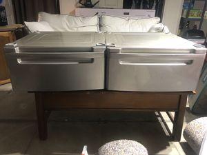 2 Washer/dryer pedestal for Sale in Fresno, CA