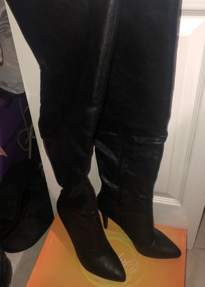 Black thigh high leather heel boots for Sale in Miami, FL
