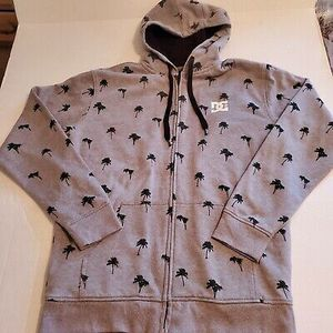 (1)Men's DC Shoes Gray Palm Tree Sherpa Zip Hoodie Jacket Sz Small New With Tags $20 for Sale in El Monte, CA