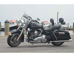 2013 Harley Davidson Road King (Immaculate) for Sale in Eldersburg, MD