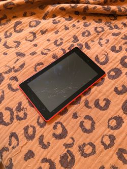 Kindle Fire, broken screen for Sale in San Diego,  CA