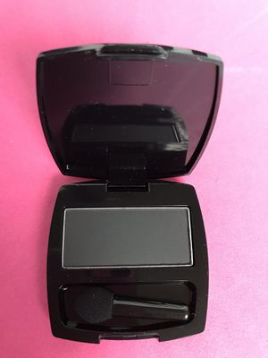 AVON Eyeshadow single/ombré blackest black for Sale in Alexandria, VA