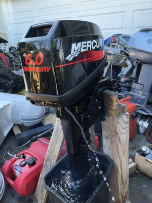 1999 Mercury 6hp 2 strokes long shaft for Sale in Seattle, WA