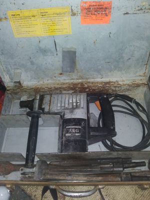 AEG HAMMER DRILL for Sale in Teays Valley, WV