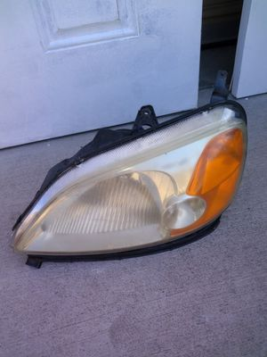 2002 Honda Civic Front light for Sale in Moreno Valley, CA
