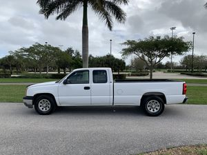 CHEVY SILVERADO 1500, EXT CAB, 4DRS, REAR SEAT, LONG BED, 5.3L, V8, TOW PACKAGE for Sale in Boca Raton, FL
