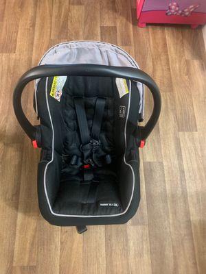 Infant car seat for Sale in Plantation, FL