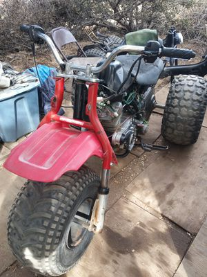 Honda atc big red 200cc with low and high gears it runs needs a gas tank a some tlc for Sale in Phelan, CA