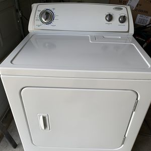 Whirlpool Dryer for Sale in Cypress, TX