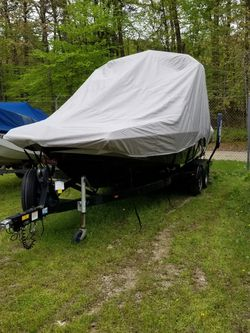 Boat Cover 2015 Axis A22 for Sale in Woodbridge,  VA