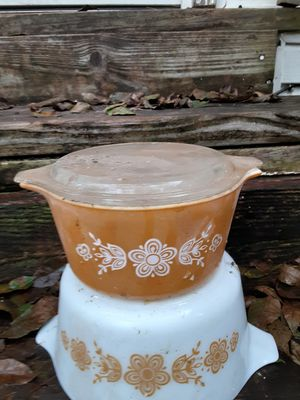 Vintage Pyrex Butterfly Gold Bowl for Sale in Covington, GA