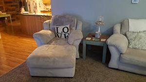 microfiber living room set. for Sale in Cadillac, MI