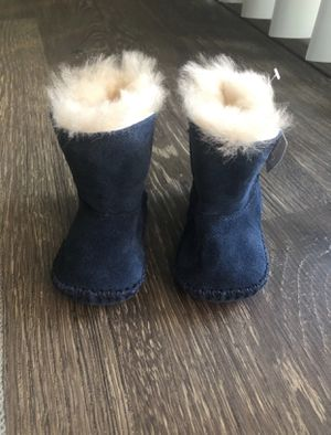 UGG Infant size 1 (0-6month) navy blue boots for Sale in Mount Rainier, MD