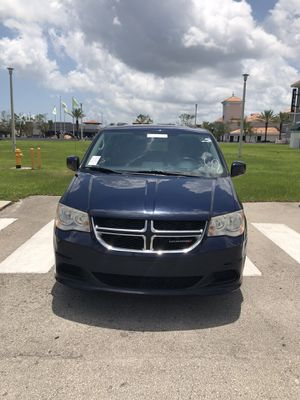 2014 Dodge Grand Caravan. for Sale in Miami, FL