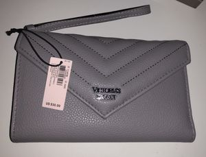 Victoria's Secret wallet Grey for Sale in Los Angeles, CA