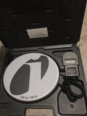 Freon digital weight scale for Sale in Cedar Park, TX