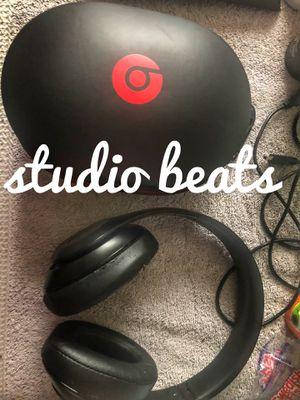 Beats headphones black 🎧 for Sale in Seattle, WA