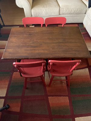 Pottery barn toddler table and chairs for Sale in Union City, CA