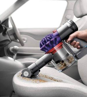 Dyson V7 Car + Boat handheld vacuum cleaner for Sale in Littleton, CO