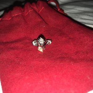 10k white gold diamond earrings. for Sale in Obetz, OH